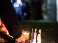 Ljubljana, 05.11.2015 Prižiganje 2600 sveč pred Državim zborom v spomin 2600 preminulih beguncev na poti v evropo.