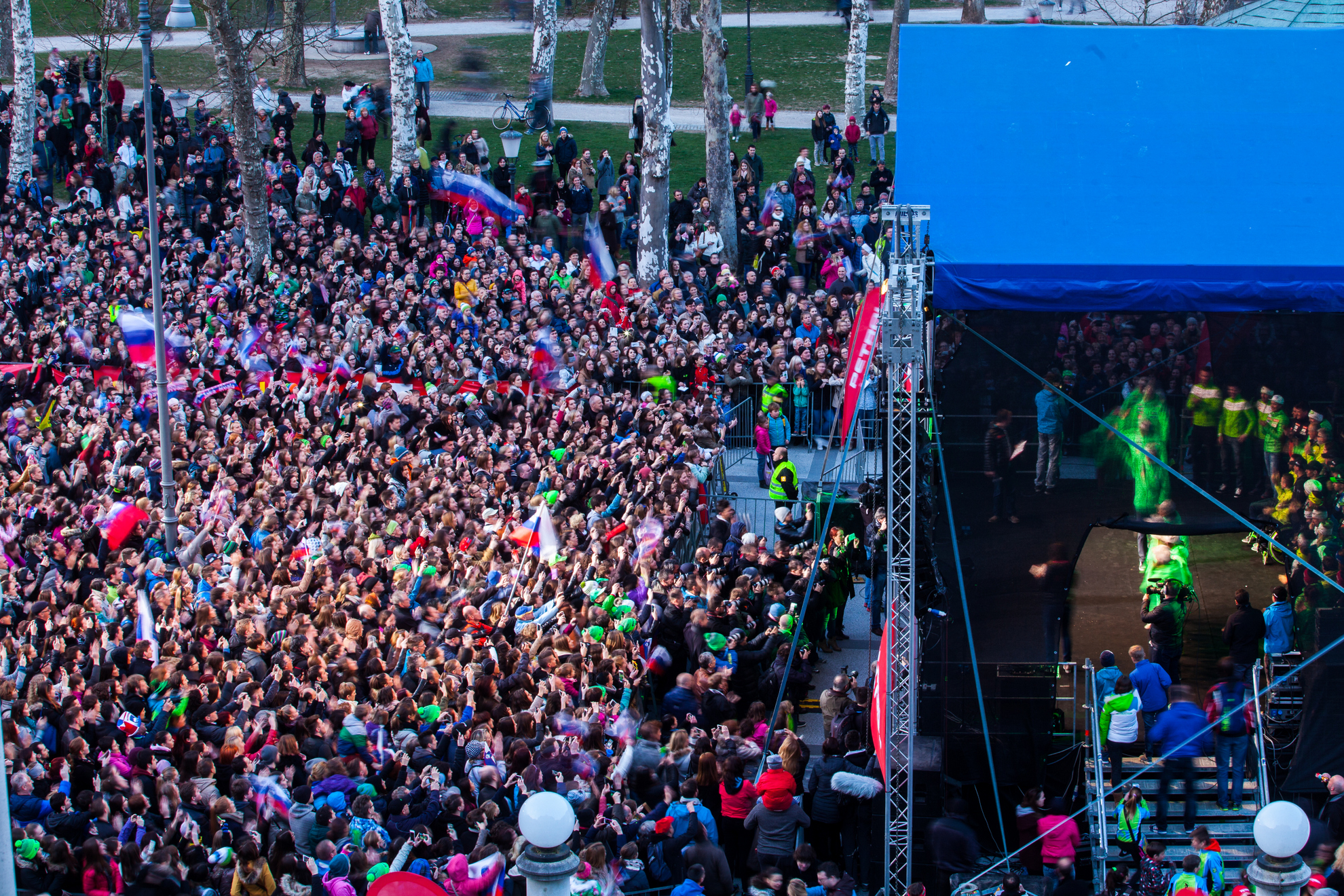 22. 03. 2016 Ljubljana, Kongresni trg. Sprejem slovensih zimskih športnikov. Publika