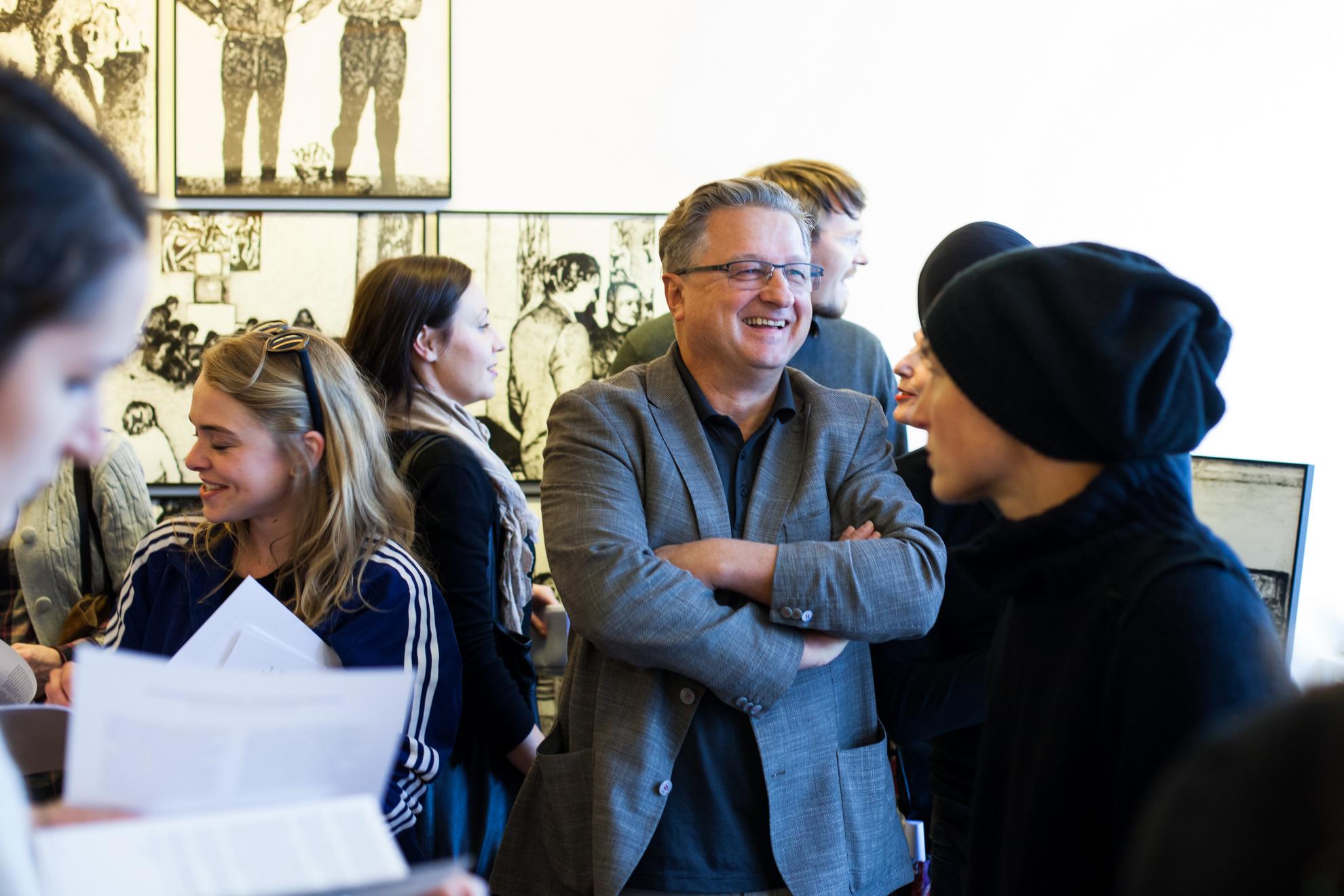 12.10.2016 Ljubljana, Galerija Gallery. Razstava Laibach kunst. Voden ogled je vodil Ivan Novak.