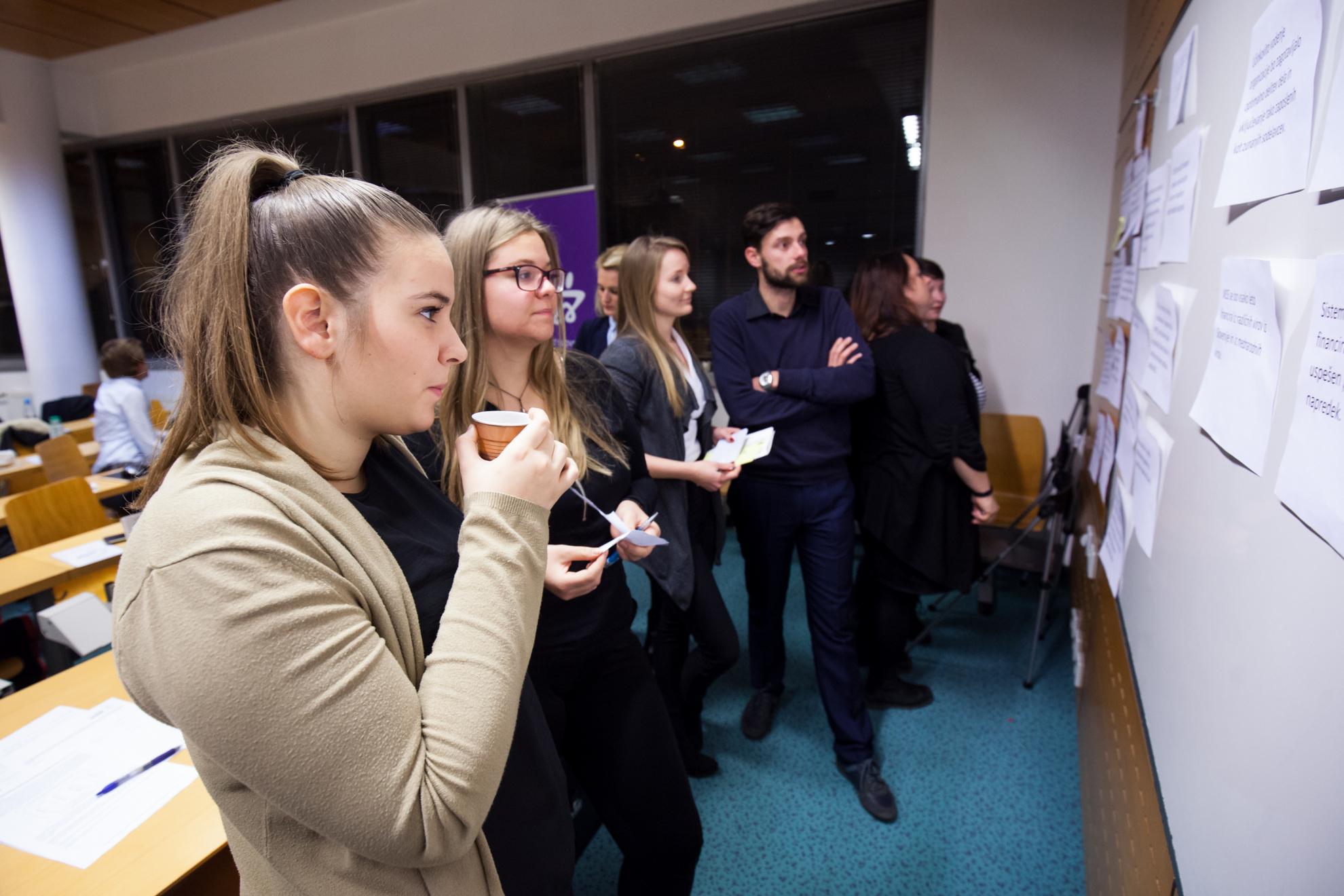 22.12.2016 Ljubljana, Fakulteta za družbene vede. Zbor MSS.